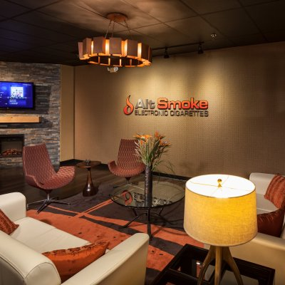 AltSmoke, Lounge Area with TV