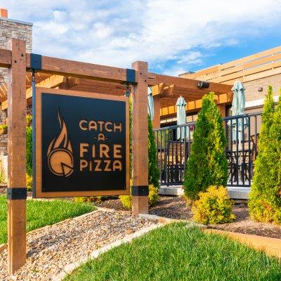 Catch-a-Fire Pizza Exterior Signage