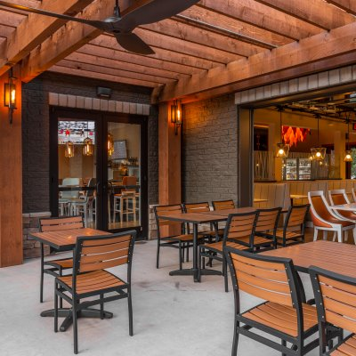 Catch-a-Fire Pizza Exterior Seating