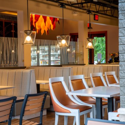 Catch-a-Fire Pizza Interior Seating
