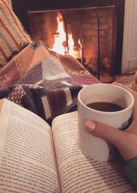 4 Ways to Celebrate Hygge This Winter
