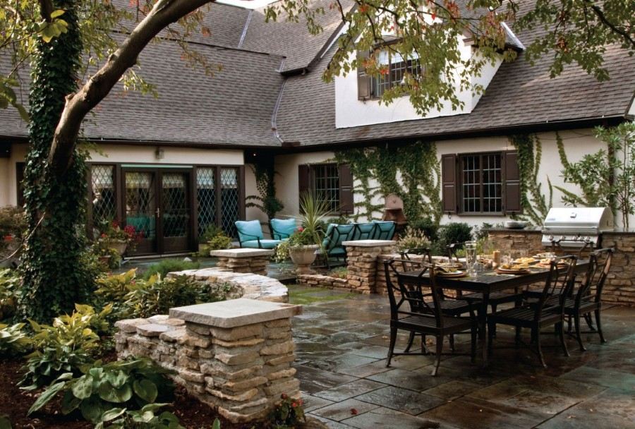 Easy Ways to Update Your Outdoor Spaces
