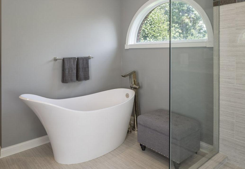 a white bathtub